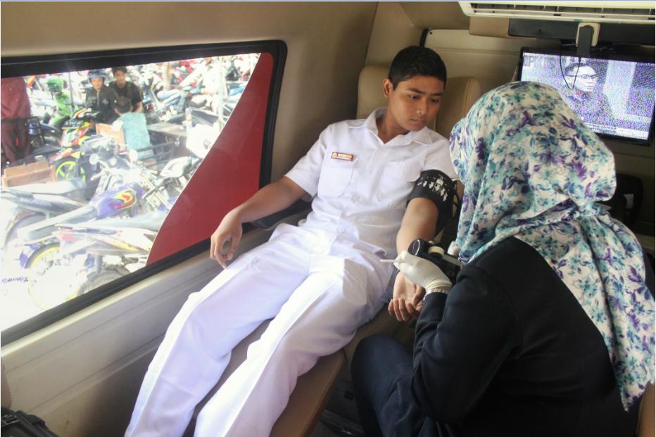 Aksi Donor Darah, Salah Satu Wujud Berkhidmat untuk Umat dari IMM UM Surabaya