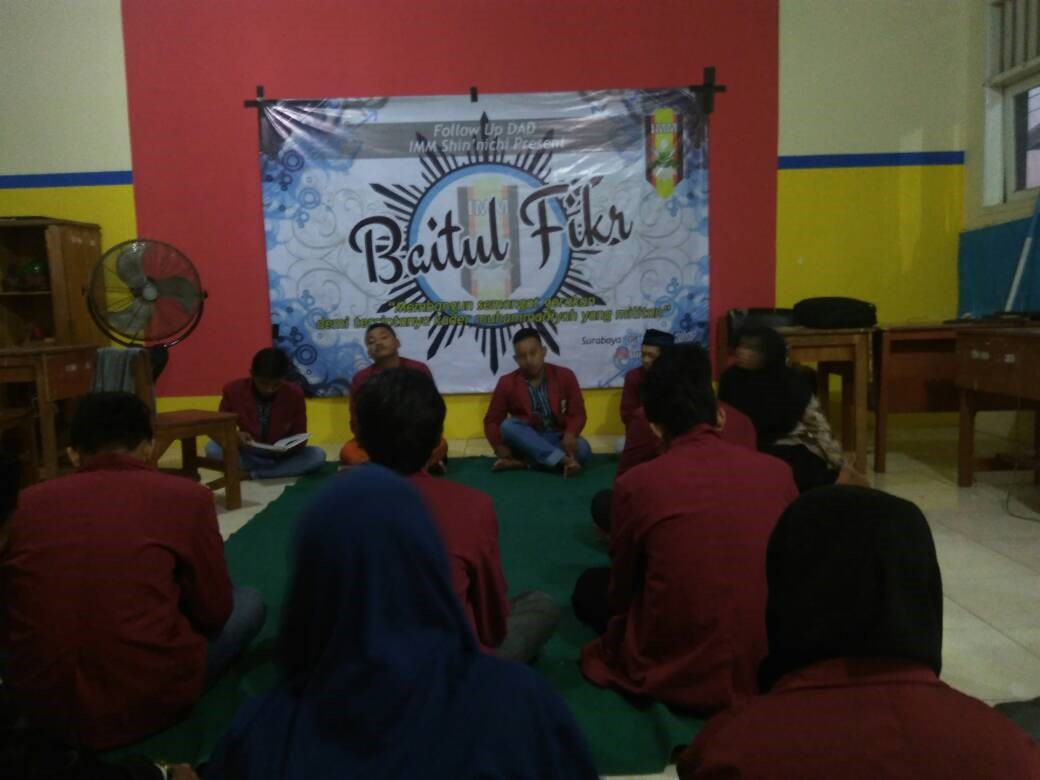 Ingin Memperdalam Pengetahuan Sejarah IMM dan Muhammadiyah, IMM Shin'nichi Adakan Bedah Film, Buku dan Lagu