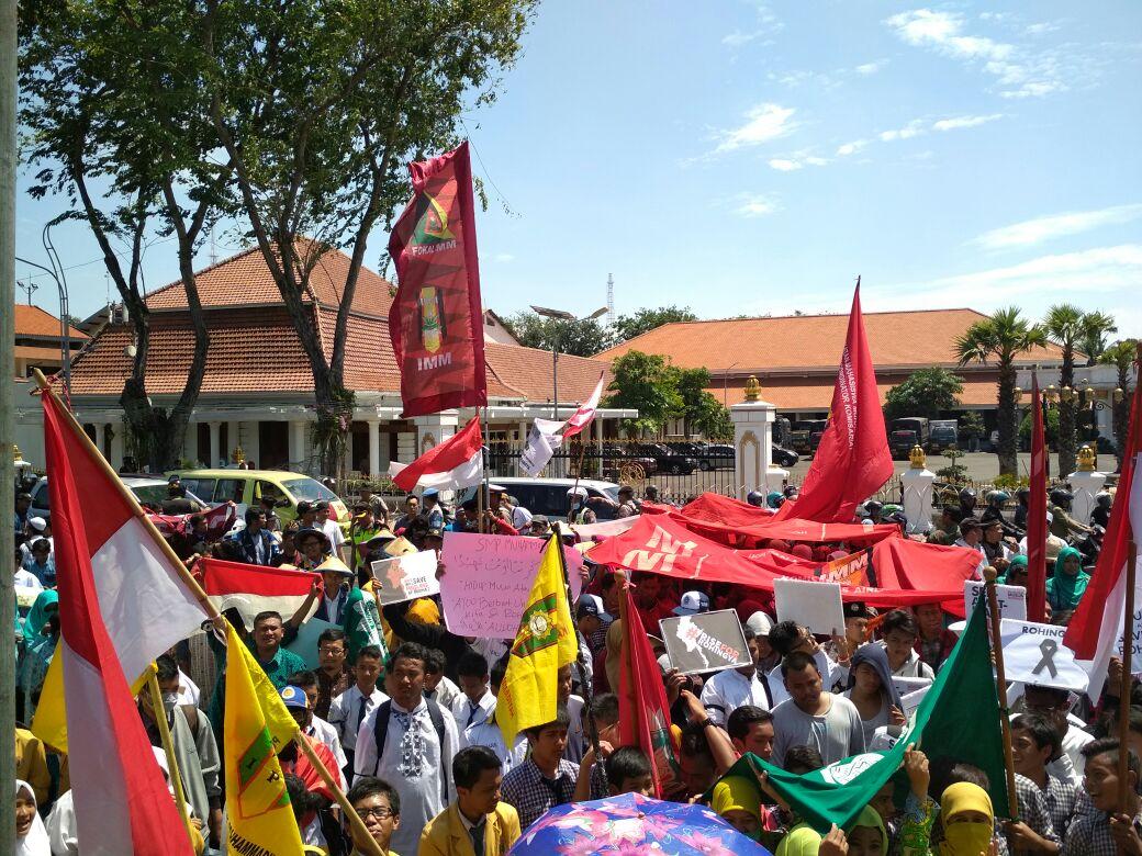 Persiapan Musycab Tidak Menghalangi IMM Surabaya Begerak Untuk  Aksi Kemanusiaan Bela Rohingya